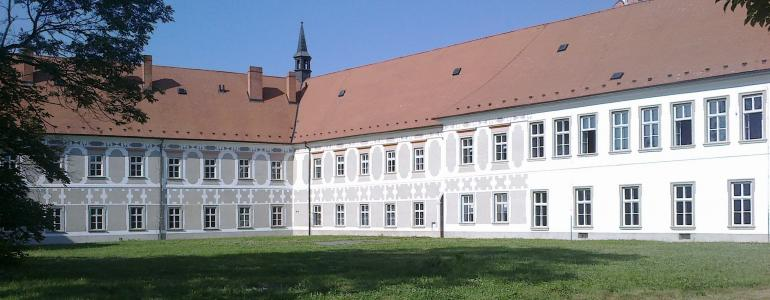 Piaristický klášter - Muzeum a pamětní síň S. Freuda - Příbor