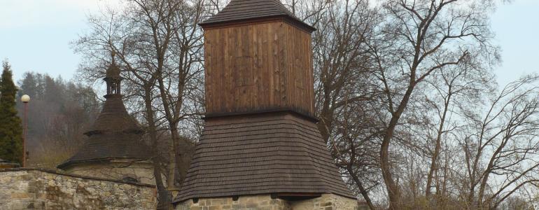 Zvonice v areálu kostela sv. Jakuba Většího - Železný Brod