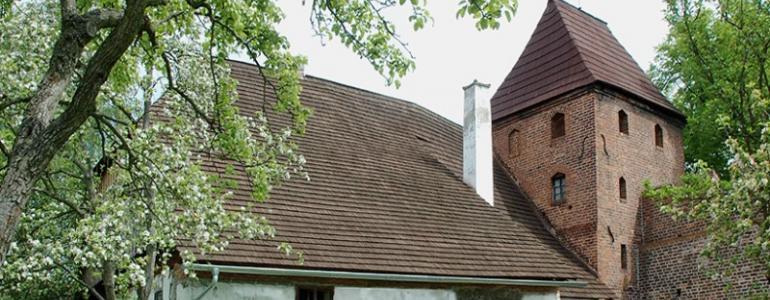 Staré děkanství a věž Kaplanka - Nymburk